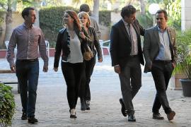 El PP deja los reproches para después del 26-M y se conjura para ganar los votos perdidos