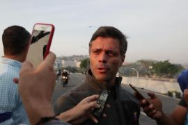 Leopoldo López y su familia se refugian en la embajada de España