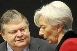 El Eurogrupo desconfía del acuerdo anunciado por Grecia y retrasa el segundo rescate