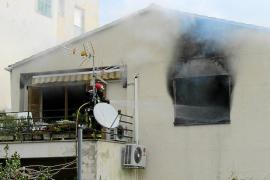 Un brasero vuelve a provocar un incendio, esta vez en Sóller, y una mujer de 93 años resulta intoxicada