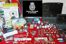 Desarticulada una banda dedicada a robar en viviendas y chalets de Palma