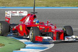 Alonso estrena el 'F2012'