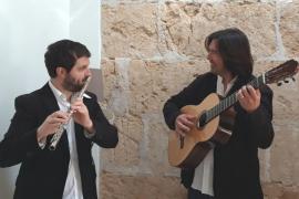 Concierto de Pere Sansó a la flauta y Manel Martorell a la guitarra en la Església d'Algaida