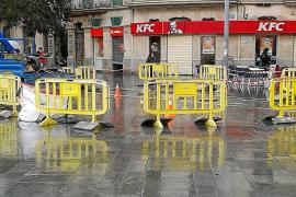 Condenan a Cort a pagar 101.000 euros por una baldosa rota en la plaza de España