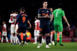 El Arsenal castiga a un tembloroso Valencia