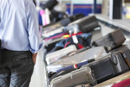 Detenido un hombre en Son Sant Joan con 22 kilos de viagra en una maleta