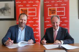MAPFRE y la Copa del Rey de vela que se celebra en Palma renuevan su acuerdo
