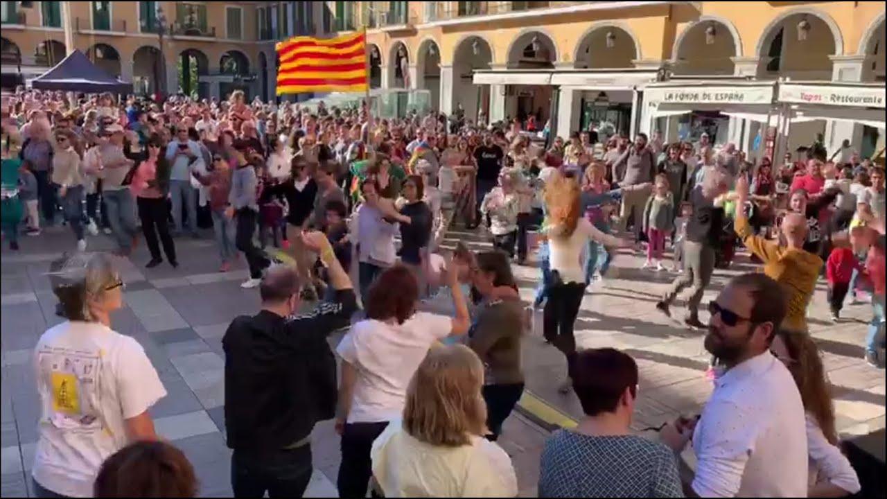 La defensa del catalán sube el tono