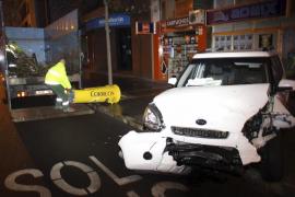 Hospitalizadas cuatro personas tras sufrir un accidente frontal en las Avenidas de Palma