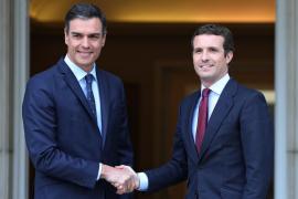 Casado reclama a Sánchez que no dependa de los independentistas