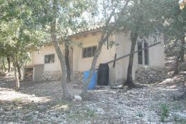 Ordenan demoler varias edificaciones sin licencia en Bunyola