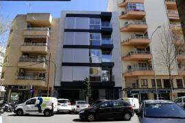 Ocupan un bloque de viviendas de 'alto standing' en Palma y salen a cambio de dinero