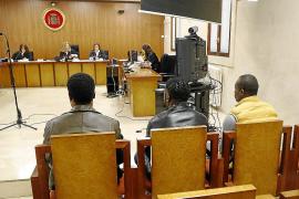 Condenados tres hombres por vender cocaína y marihuana en Palmanova