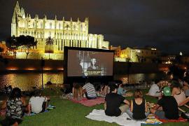 Cinema a la fresca: Tú eliges la mitad de la cartelera