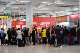 Más de 60 vuelos cancelados en Baleares por la huelga de Francia