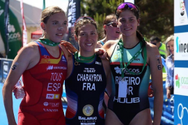 Xisca Tous, plata en la Copa de Europa de triatlón