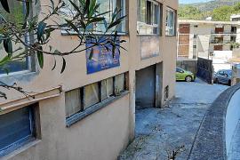 Vecinos de Cala Major denuncian la pasividad de Cort con un garaje ilegal