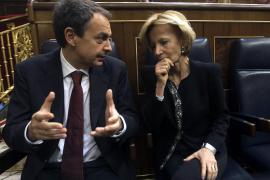 Rajoy respalda la «rebelión» de Esperanza  Aguirre contra la subida del IVA en julio