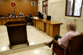 Dos años de cárcel por manosear a su nieta de 10 años en al menos tres ocasiones