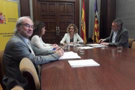 La ministra Batet se reúne con Rosario Sánchez para tratar temas de Baleares