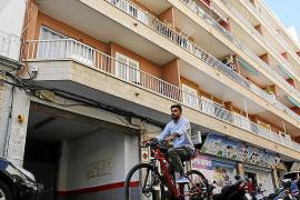 Una pareja con tres niños paga 800 euros por vivir de okupas en Palma