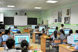 Escola Catòlica culpa al Govern de retrasar subidas salariales a sus profesores