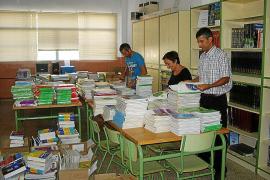 Educació suspende el programa de reutilización de libros de texto este curso