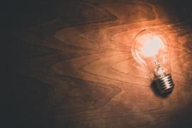 Los consumidores denuncian fraude en la factura de la luz
