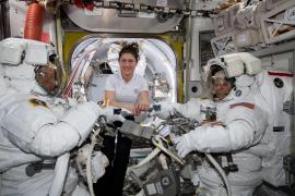 La NASA enviará por primera vez a una mujer a la Luna
