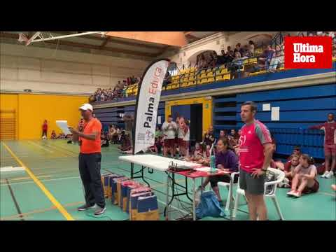 Las Barri Olimpiades congregan a 300 niños en el polideportivo Germans Escales