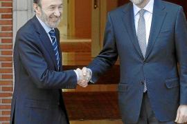 Rajoy y Rubalcaba abren una etapa de diálogo y entendimiento