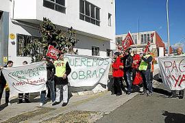 Las protestas en los hospitales suavizan los ajustes del Govern