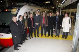 El tren eléctrico de SFM ya cubre todos los viajes entre Palma y s'Enllaç