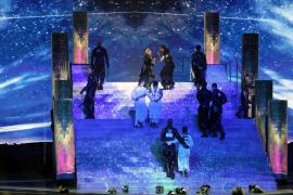 Madonna junta las banderas de Israel y Palestina en Eurovisión