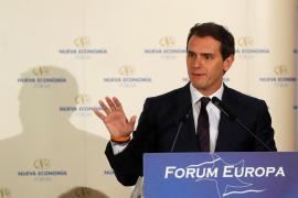 Rivera recuerda a Rajoy los resultados del 28A y dice que si Ciudadanos es bisagra, el PP sería «una tuerca»