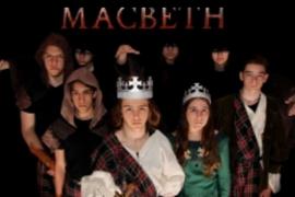 'Macbeth', interpretada por la Escuela de Teatro Santa Mònica, en el Teatre Principal de Palma