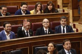 Los diputados presos, recibidos entre aplausos en el Congreso