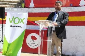 Vox acusa al Pacte de llevar el turismo balear al «paleolítico» y pide la devolución de competencias al Govern