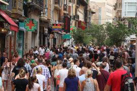 ¿Qué proponen hacer los candidatos al Govern con el alquiler turístico en Baleares?