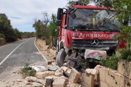Accidente de un camión de los bomberos en Llucmajor