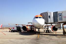 Una pasajera fallece dentro de un avión en el aeropuerto de Palma