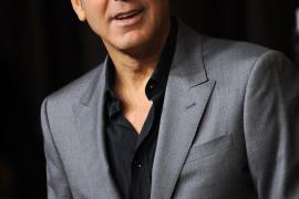 George Clooney tiene crisis de soledad y padece insomnio