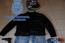 Un funcionario del ayuntamiento de Benidorm atraca un hotel a punta de pistola