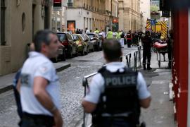 La policía busca a un sospechoso tras una explosión en el centro de Lyon que ha dejado 13 heridos