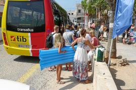 Los buses a s'Almunia y Formentor se ponen en marcha en junio con nuevas frecuencias