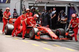 Uno de los Ferrari, eliminado de la Q1