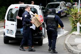 Detenidas cuatro personas en relación con el ataque con explosivos en Lyon