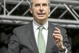 El doctor Laureano Molins es también presidente de la AECC de Barcelona