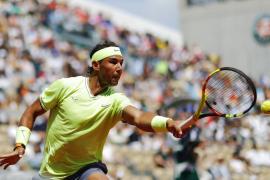 Rafael Nadal avanza a tercera ronda en Roland Garros