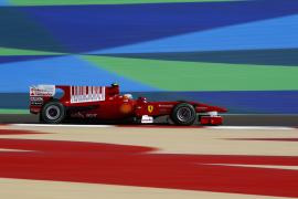 Alonso toma contacto